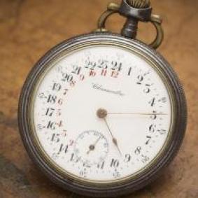Montre ancienne gousset chronometre regulateur 24h JOURNEE DU 75 1914/1915